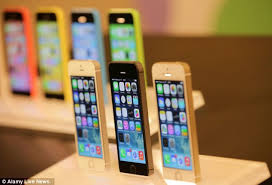 Apple to offer free instore iPhone 5S and iPhone 5C repairs but