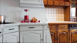 comment repeindre une cuisine repeindre cuisine en bois avec impressionnant repeindre une cuisine