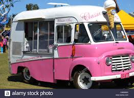 Ice Cream Truck Stock Photos & Ice Cream Truck Stock Images - Alamy