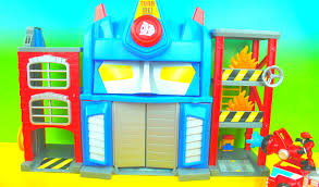 Transformers Rescue Bots Electronic Fire Station Prime Optimus Prime ...
