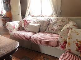 type de canapé canapé style anglais fleuri canapé style anglais canapé ou