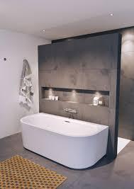 badewanne metrofliesen ideen trendfarben 2019 badezimmer