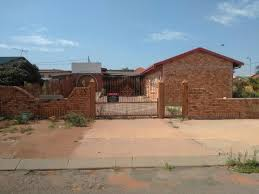 100 Houses F 3 Bedroom House Or Sale Soshanguve AA PRN1415179 Pam