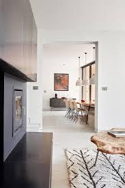 blick vom wohnzimmer mit kamin ins bild kaufen