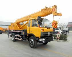 100 Truck Mounted Cranes DFAC Mobile Hydraulic Vehicle Crane With 16 20 Ton Lifting
