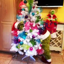 Whoville Christmas Tree by Grinch Christmas Tree Craft Ideas Pinterest Grinch Christmas