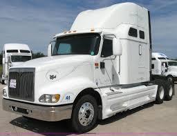 100 International Semi Truck 2002 9400i Semi Truck Item 2621 SOLD Sept