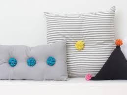 Pom Pom Pillow Craft Pom Poms 25 Awesomely Fluffy Projects