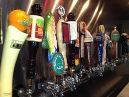 Harpoon Ufo Pumpkin Calories by Craft Beers On Draft Town Hall Grill Draft Beer Restaurant