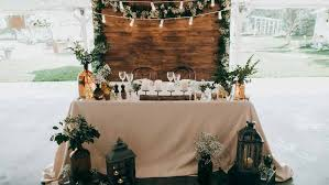 Rustic Themed Weddings Set The Tone For A Truly Beautiful And Memorable Event But What Would Wedding Be Without Corresponding Decorations To