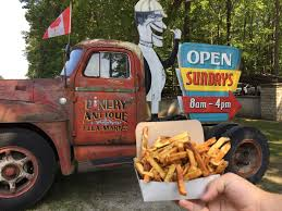 Woody's Chip Truck – Pinery Antique Flea Market