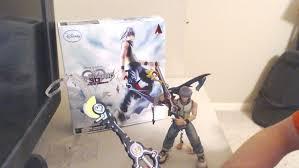 Sora Halloween Town Keyblade by Play Arts Kai Riku Review Dream Drop Distance Kingdom Hearts