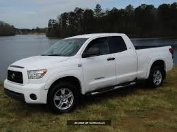 2007 Toyota Tundra Four Door Double Cab Sr5 4. 7l V8 2wd White