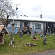 Haunted Houses Ellensburg Residents Get Into The Halloween