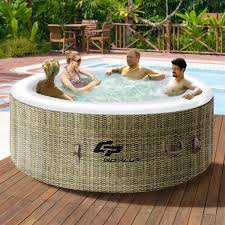 Outdoor Bathtub Designs