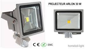 projecteur exterieur avec detecteur de presence projecteur extérieur led cob arlon 30 w avec detecteur de presence