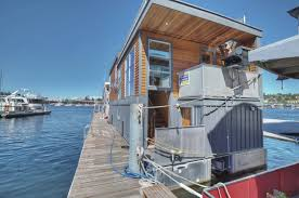 100 Lake Union Houseboat For Sale Luxury In Seattle Includes The Slip