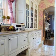 Shabby Chic Kitchen With Pink Floral Wallpaper