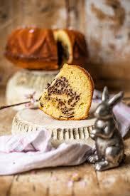 eierlikör kuchen mit quark und schokostreuseln kochmädchen