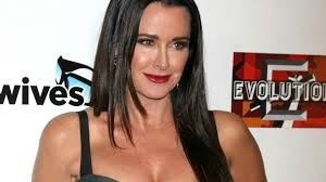 Kyle Richards Halloween 2015 by Rhobh U0027s Kyle Richards U0027 Heart Is Breaking For One Of Her Fellow