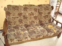 vieux canapé quelques conseils pour rénover votre ancien canapé bricobistro