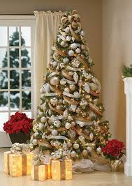 Heres A Creative Way To Decorate Christmas Tree With Deco Ribbons Gold White And Brown Are Tied Together Wrap The