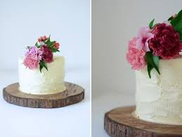 Im So In Love With This Pretty Rustic Single Tier Created As A Special Birthday Cake For Stylist Sofia From Brancoprata The Bold Bright Flowers Are