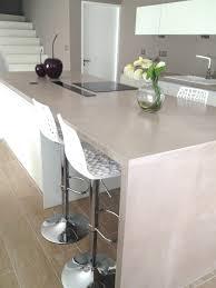 beton ciré cuisine beton ciré sur plan de travail cuisine sympa cire beton castorama