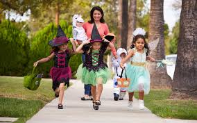 West Hollywood Halloween Parade Route by Top 10 Best Cities For Trick Or Treating For Halloween 2016
