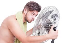 ventilator mit nassem handtuch so kühlen sie noch mehr