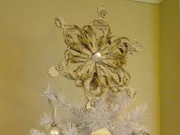 Christmas Tree Toppers Ideas by 5 Alternative Christmas Tree Topper Ideas Christmas Tree Market Blog