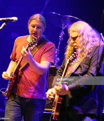 Derek Trucks And Warren Haynes Perform, As Part Of The Allman ... Tedeschi Trucks Band Welcomes Trey Antasio At 2017 Beacon Theatre Derek First Interview As A Member Of The Allman Brothers Pays Nightly Tribute To Musical Mentors Inside Bands Traveling Circus Guitarplayercom Not Solo But Still Soful Susan Brings Renowned Family Interview Talks New Album Losses The Brizz Chats With Guitarist Vocalist Warren Haynes And Guitarist Wikipedia Everynight Charleys Mhattan Beat At On Duanes Goldtop 2011 Dino Perucci