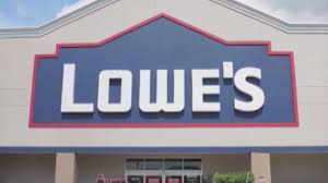 Lowes To Close About A Dozen Stores, Makes A Comeback