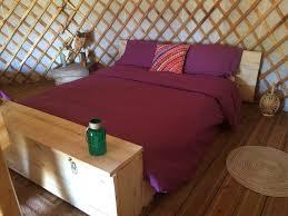 yourte chambre d hote chambres d hôtes le cabanids chambres yourte et cabane dans