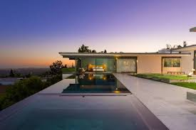 100 Hollywood Hills Houses Matthew Perrys 135M Home Is For Sale Apartment