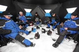 Clam Ice Fishing Seats by Clam Ice Shelter Showdown 9130 Big Feet Xl4000t Vs 9735 Six Pack