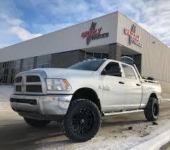 Grizzly Trucks - Badass Cummins Diesel Wprk Horse Rolling... | Facebook