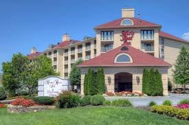 Christmas Tree Inn Pigeon Forge Tn by Hotels Near Tanger Outlet Pigeon Forge Tn