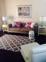Cute Living Room Ideas For Small Spaces by Best 25 College Living Rooms Ideas On Pinterest College Dorm