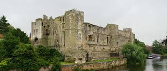 newark castle and the s sconce midlands castles forts and