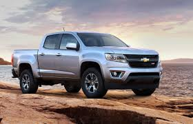 Chevrolet Colorado Could See Stickshift, Off-road Variants | Driving