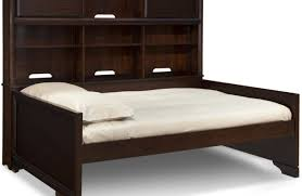 Raymour And Flanigan Bed Frames by Daybed Fascinating Legacy Summer Breeze Cottage White Daybed