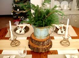 Great Rustic Christmas Table Decorations Ideas With Colorful Flowers Is Cool Article For You To Help Get Some Home Or Remodeling