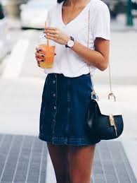I Love This Outfit Idea For How To Wear A Denim Skirt So Cute