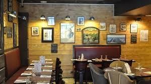 restaurant au métro des lilas à 75020 buttes chaumont