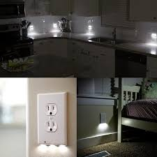 led wall outlet coverplate with built in light sensor no