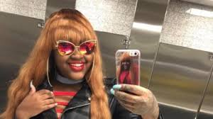 This rapper helped a teen after he was kicked out of home for being Chicago based rapper CupcakKe reached out to her young fan and offered to pay for a