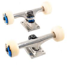 Thunder Trucks X Spitfire Wheels X Bones REDS Bearings - Skateboard ...