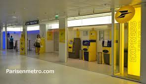 bureau de poste bureau de poste la défense cnit à en métro