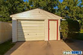 Can Shed Cedar Rapids Ia by 2402 Lauren Dr Sw Cedar Rapids Ia 52404 Home For Sale By Owner